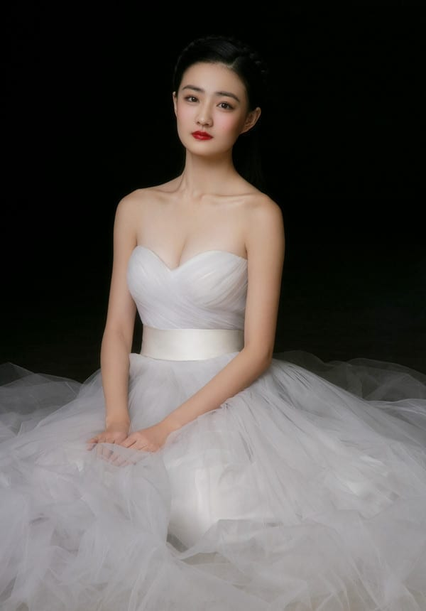 A-line Tulle Simple White Wedding Dress