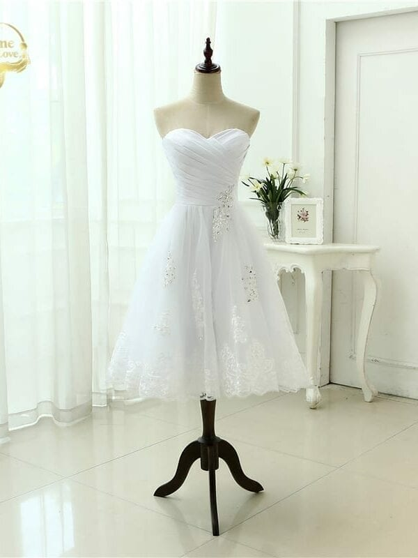 A Line Beading Tea Lenght Sweetheart Lace Wedding Dress