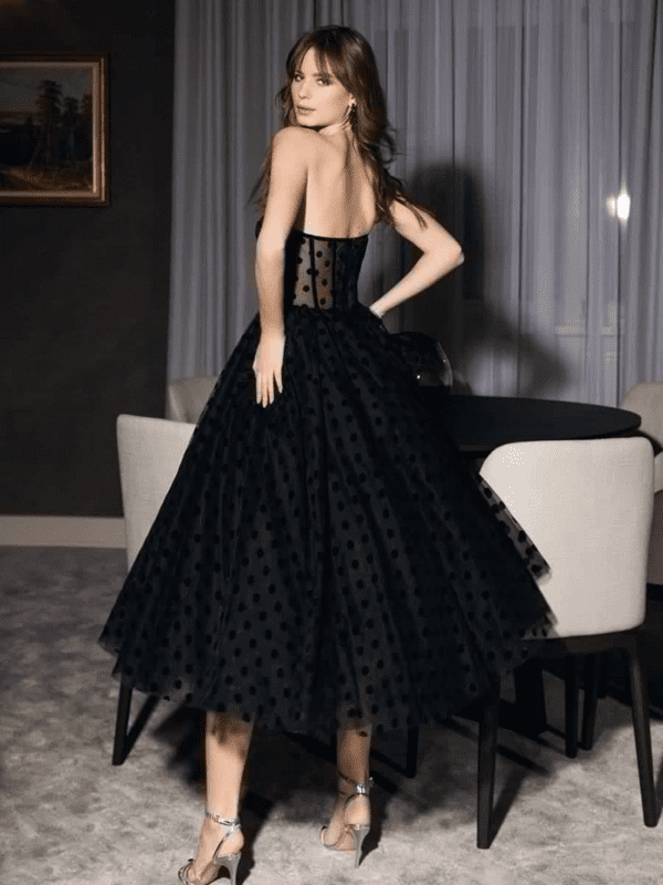 Vintage black sleeveless backless formal evening dress