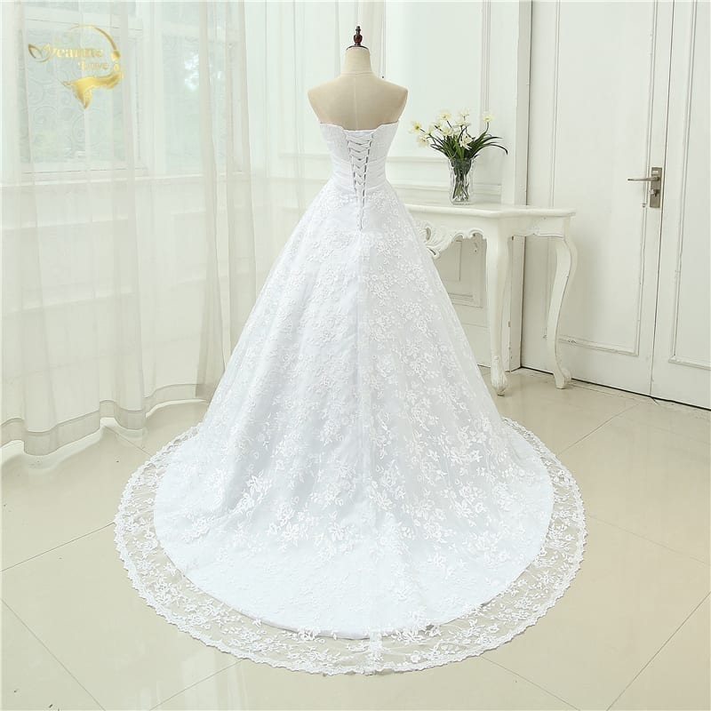 Romantic Sweetheart Appliques A Line Lace Wedding Dress