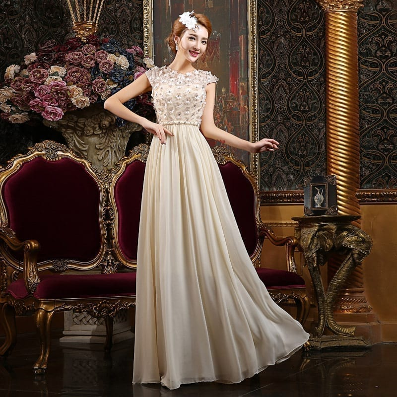 O-neck A-line Floor-length Bridesmaid Dress With Appliques