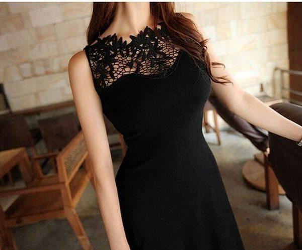 Elegant Sleeveless Lace Stitching Pierced Solid Vintage Dress