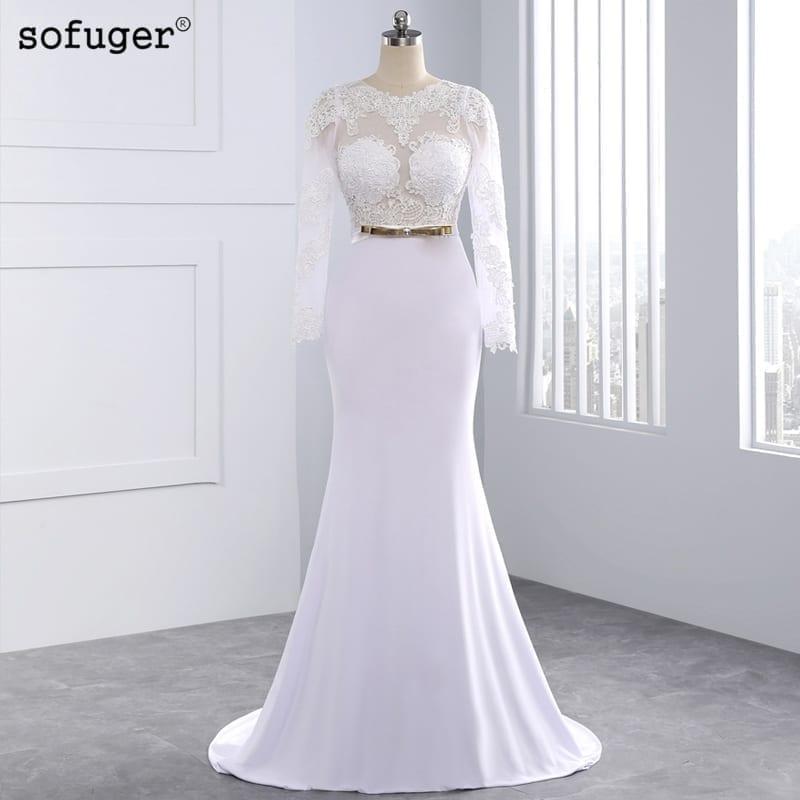 Elegant Appliqued Long Sleeve Floor-length Wedding Dress