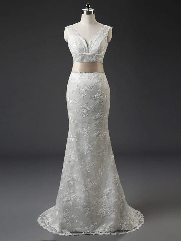 Elegant V-neck Long Lace Wedding Dress With Belt