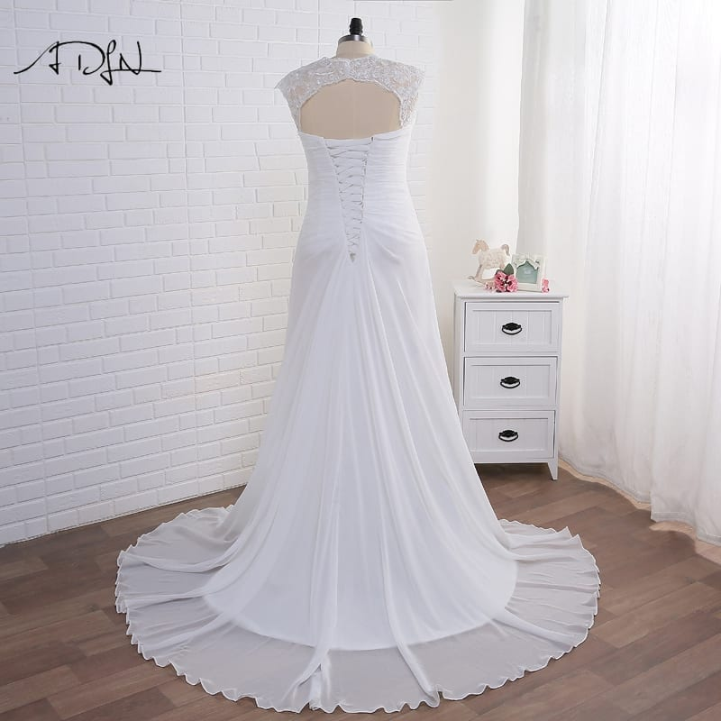 Elegant Applique Chiffon Plus Size Wedding Dress
