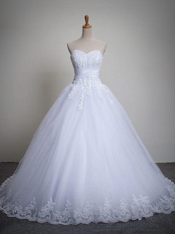 Long Train Crystal White Tulle Sleeveless Wedding Dress