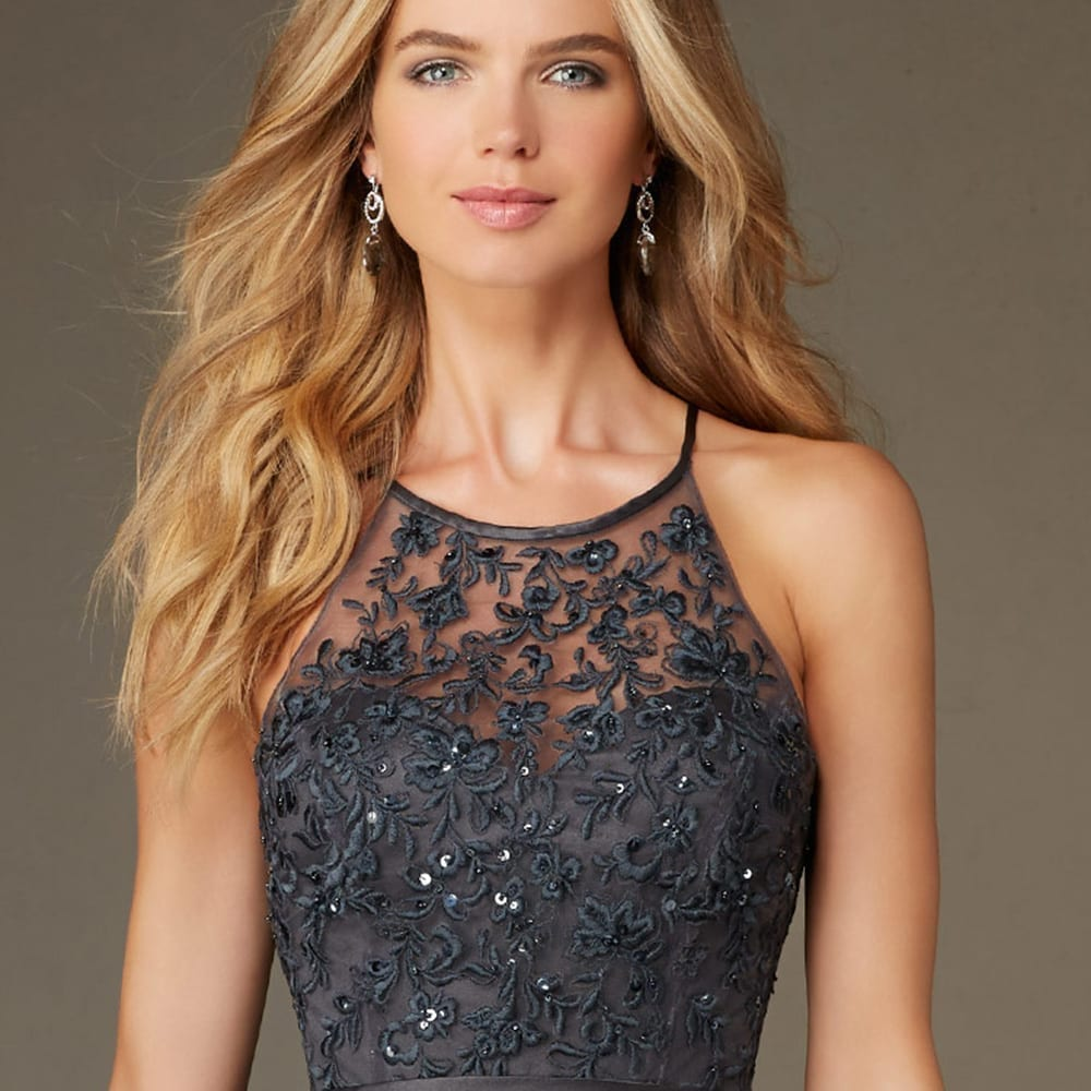 Elegant Backless Lace Sequined Appliques Short A-line Tulle Bridesmaid Dress