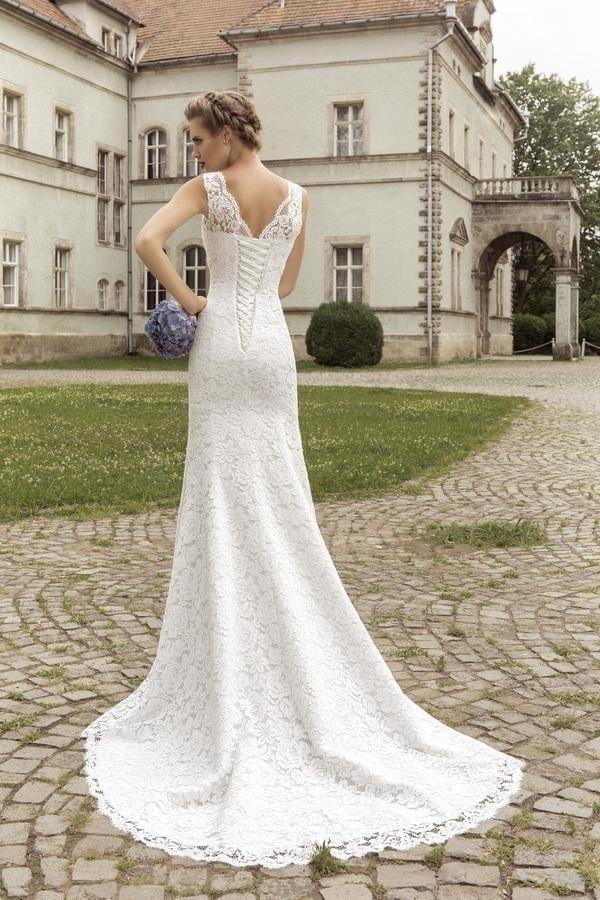 V-neck Sleeveless Lace Up Back Mermaid Wedding Dress