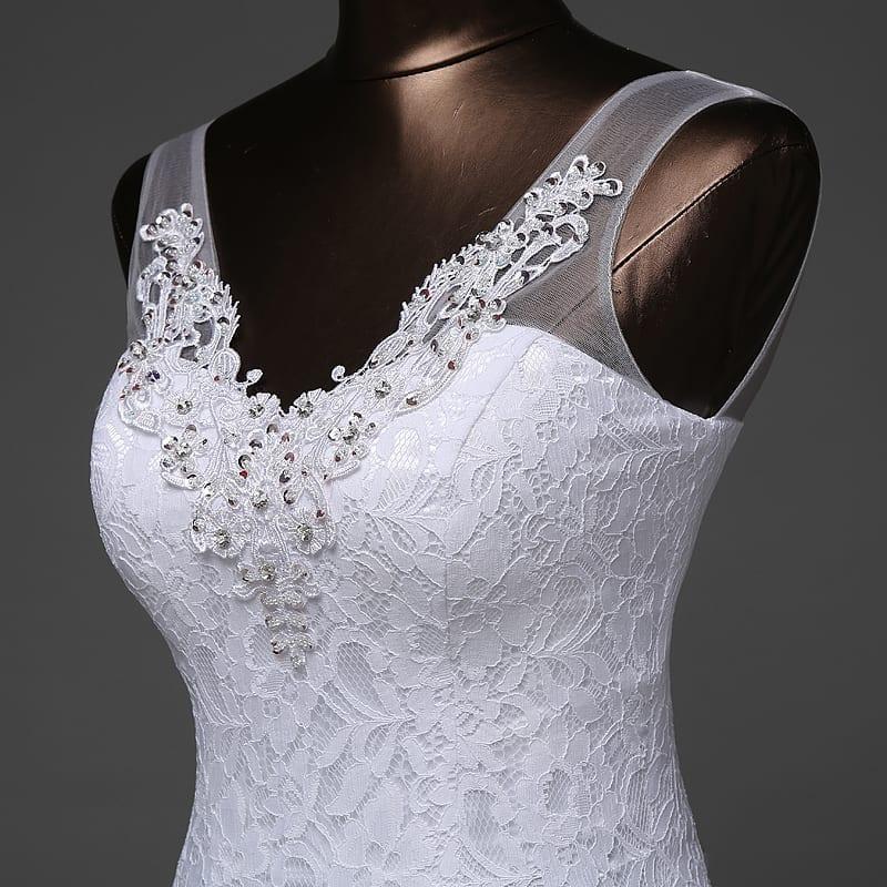 Beautiful Lace Flowers V-neck Mermaid Wedding Dress