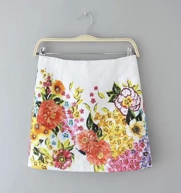 Vintage Floral Print Mini Skirt