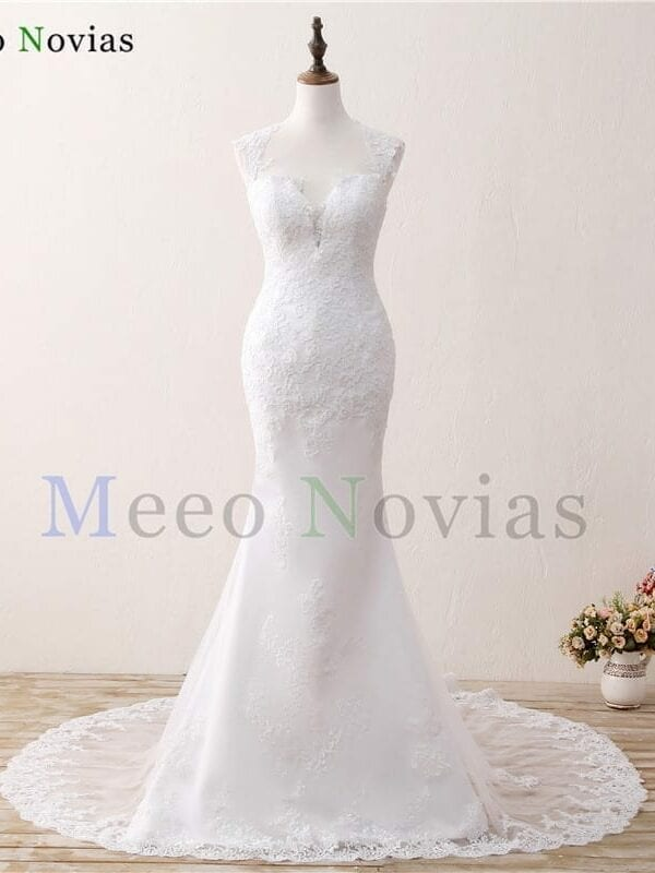 Vintage Lace Appliques Open Back Chapel Train Mermaid Wedding Dress