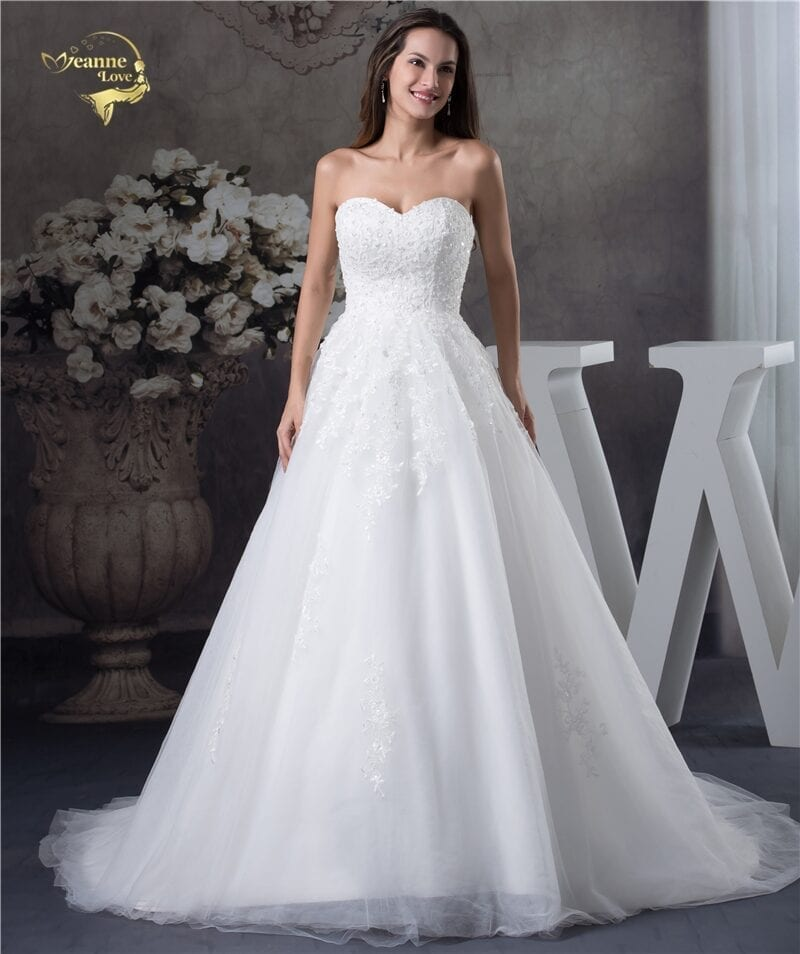Sweetheart Soft Tulle Applique Lace A Line Wedding Dress