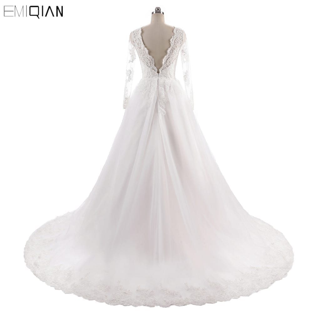 Vintage Long Sleeve Backless Lace Wedding Dress