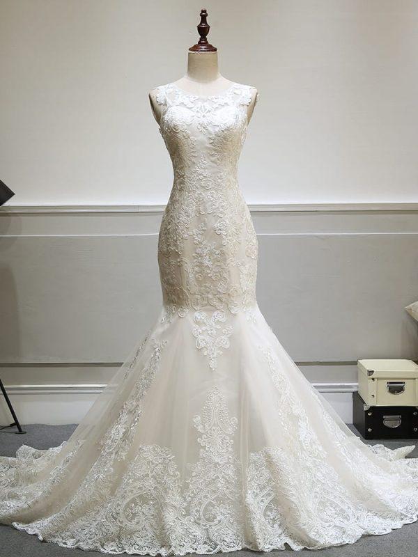 Elegant Lace See Through Backless Vintage Mermaid Wedding Dress