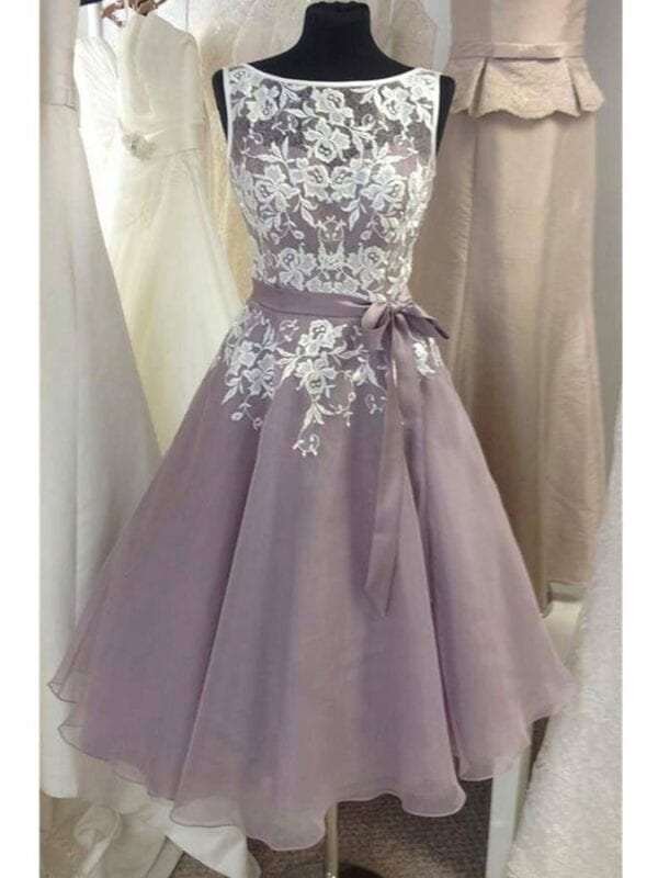 Sale – Knee Length Tulle Lavender Bridesmaid Dress With White Lace V-back