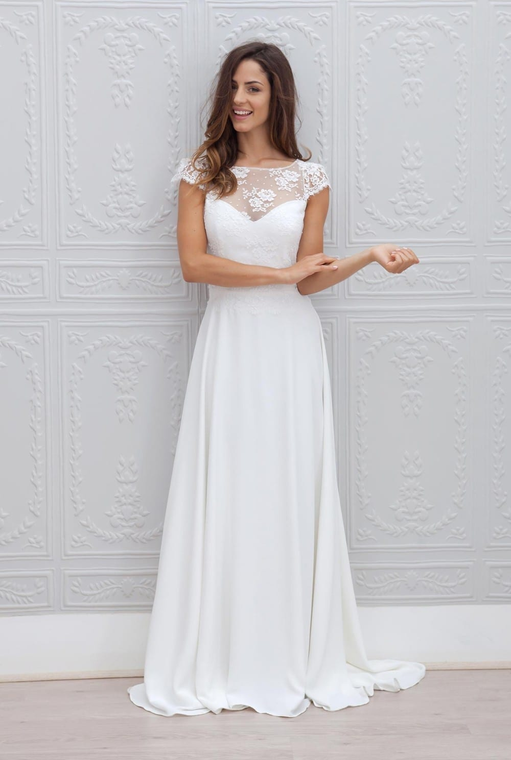 Vintage A Line Bateau Appliqued With Short Sleeve Beach Wedding Dress