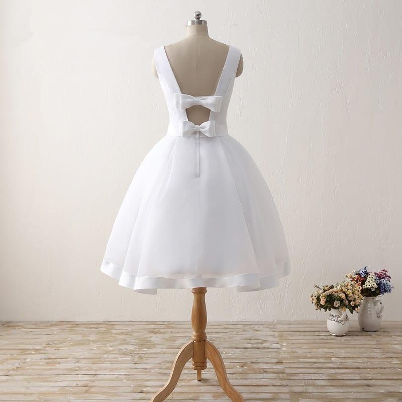 White Knee-length Sleeveless Scoop Neck Bow Back Short Wedding Dress