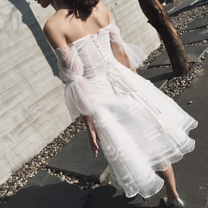 Half Sleeve Sweetheart White Backless Appliques With Beading Beach A-line Short Wedding Dress