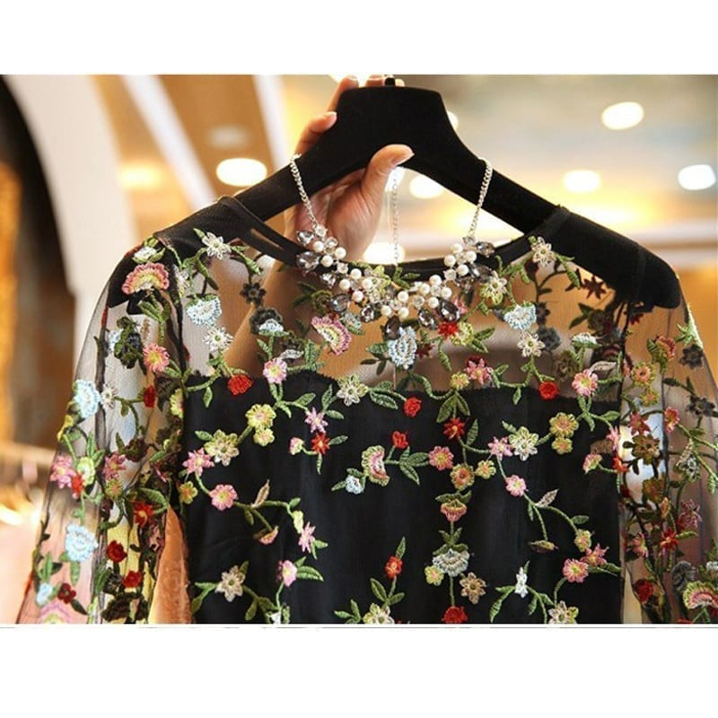 Lace Embroidery Flower Black Dress