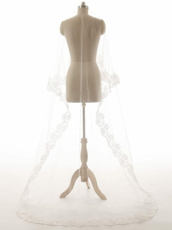 Long Appliques Lace Tulle White Wedding Veils 150 Cm