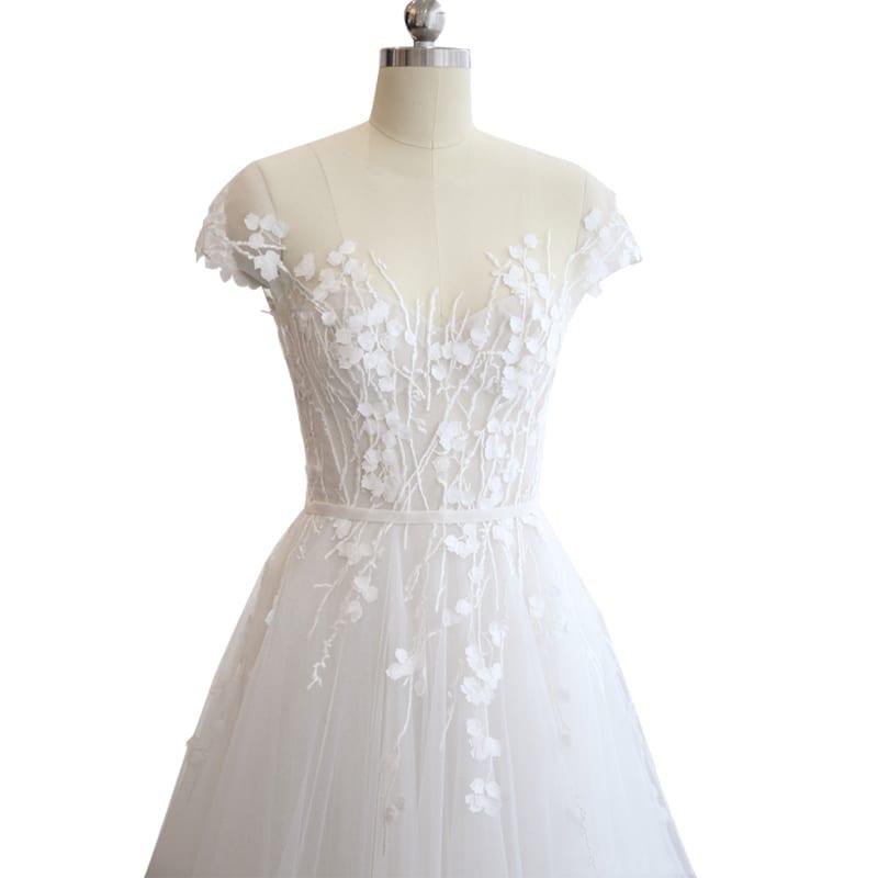 O-neck Embroidered Organza Tulle Beach Wedding Dress