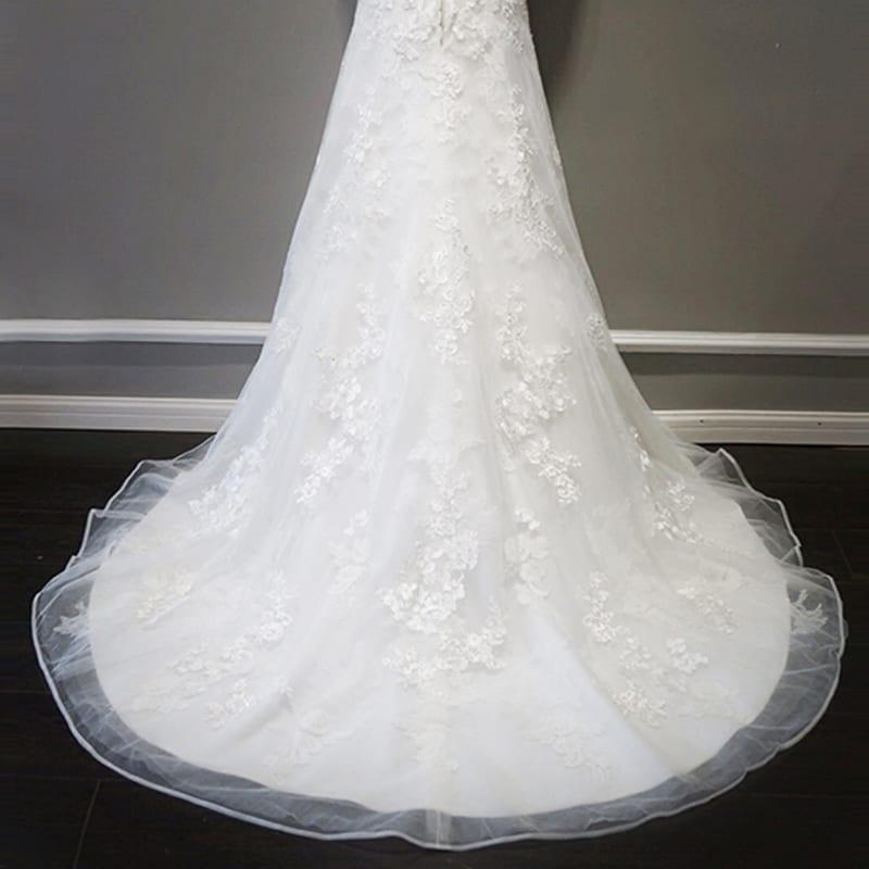 Elegant Ivory Backless Vintage Bohemian Lace Beach Wedding Dress
