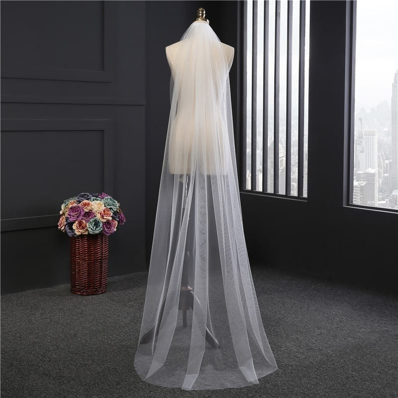 2m Cut Edge White Long One Layer Wedding Veils With Comb