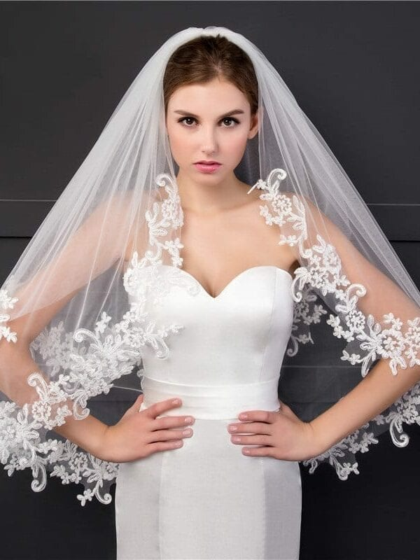Two Layers Appliques Lace Soft Tulle Wedding Bridal Veil With Metal Comb
