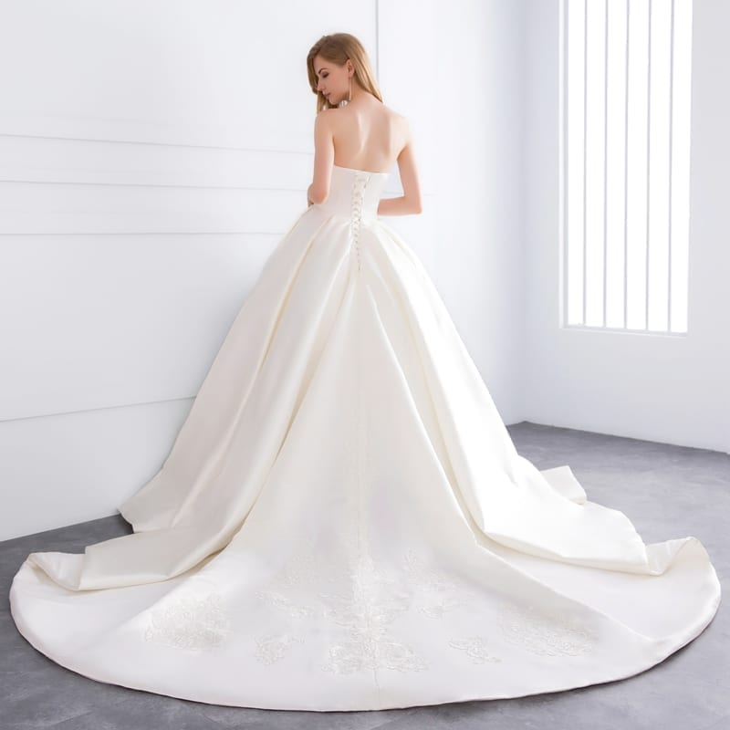 Sweetheart Satin Pearls Lace Appliques Cathedral Train Wedding Dress