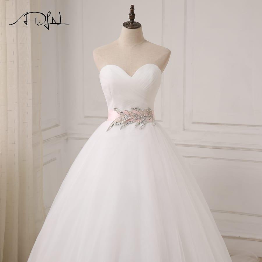 White/ivory Sweetheart Sleeveless Ball Gown Tulle Sahshes Pink Wedding Dress