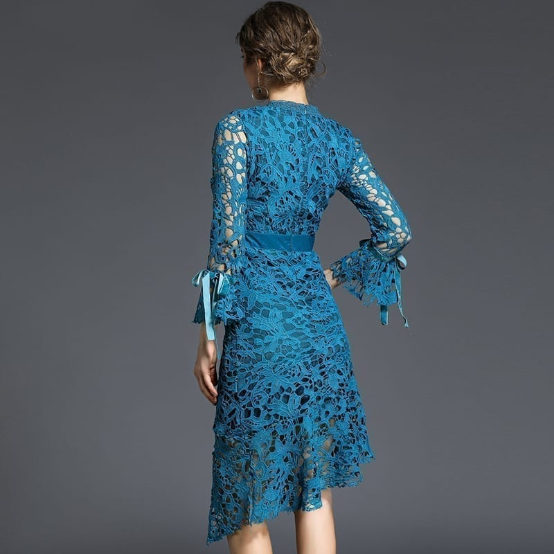Lace Hollow Out O Neck Long Sleeve Patchwork Velvet Knee-length Dress