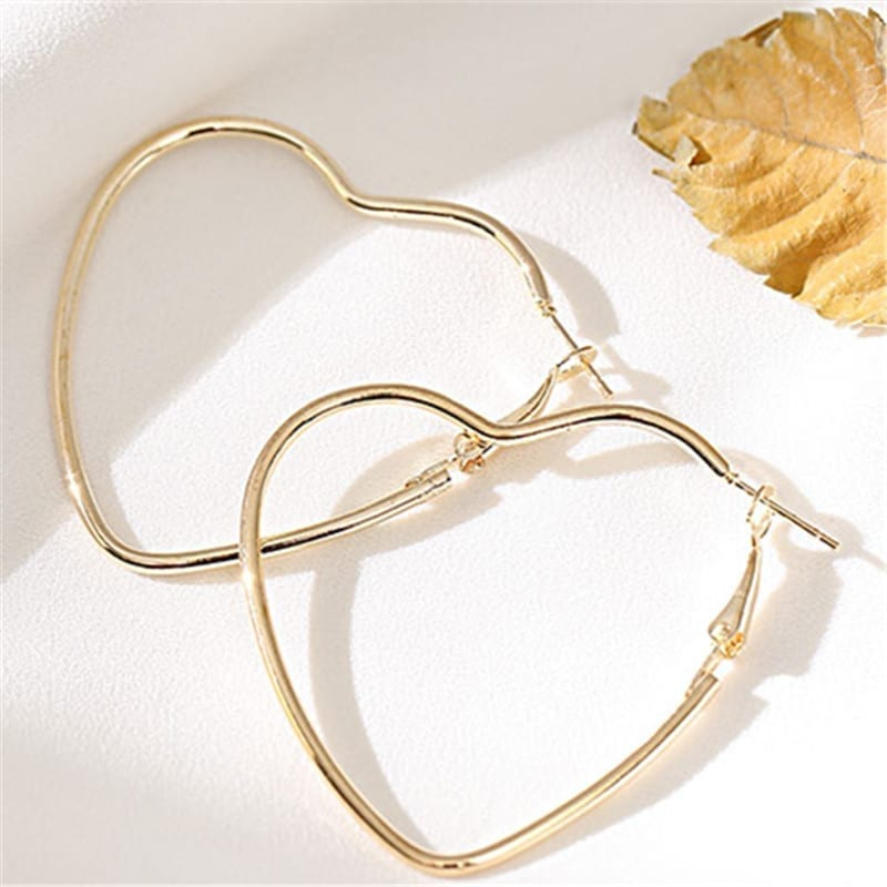 Metal Line Love Simple Earrings