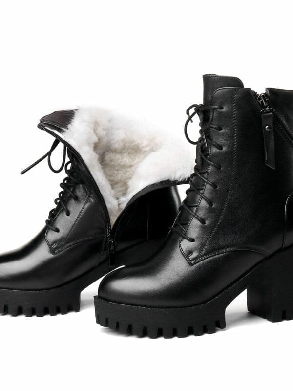 Women bare natural wool warm leather boots