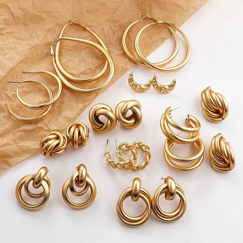 Gold round geometric drop statement earrings