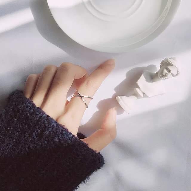 Vintage sterling silver cross ring