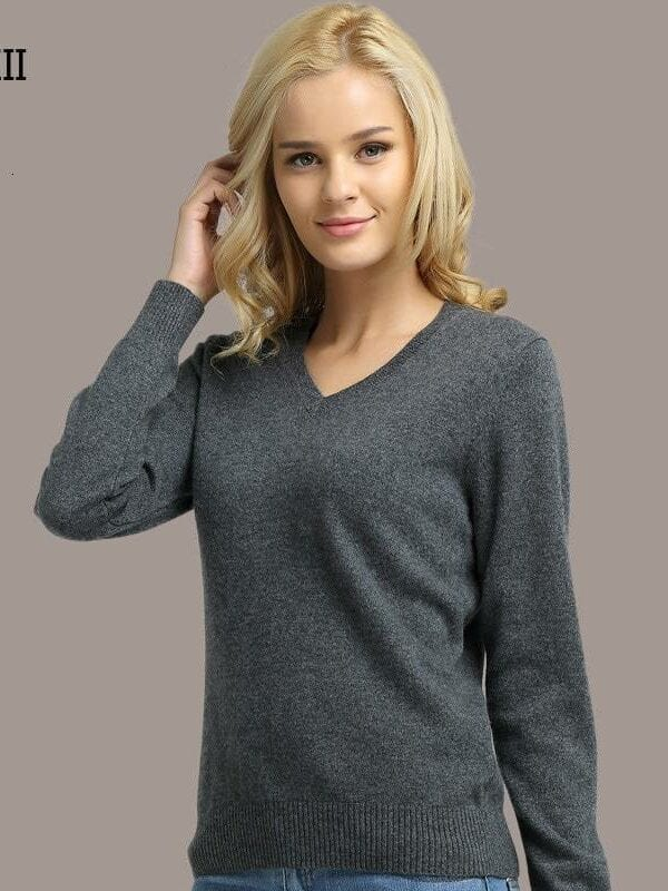 Knitted long sleeve v-neck sweater