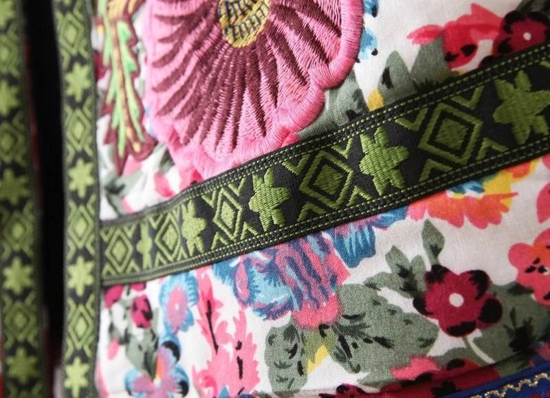Elegant flower embroidery coat jacket