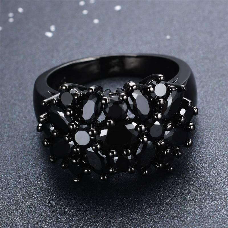 Vintage black gold small oval purple crystal zircon star flower ring