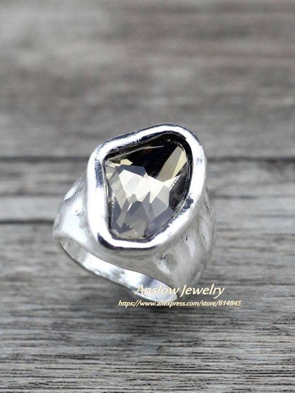 Vintage irregular crystal ring