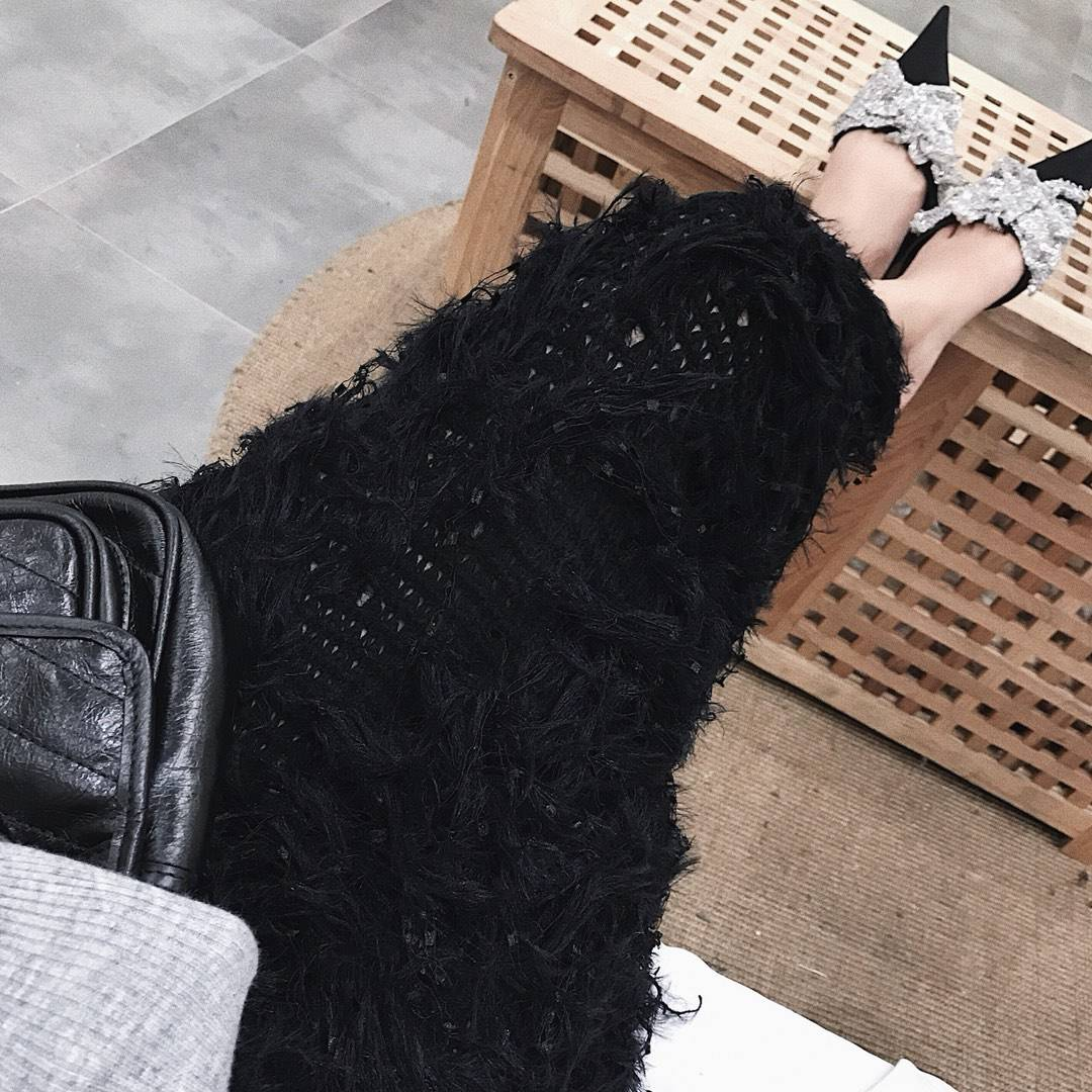 Feather grey a line elastic high waist long midi crochet skirt
