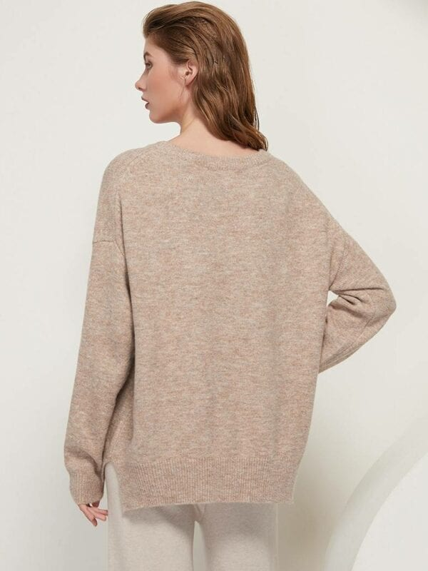 O neck batwing long sleeve loose soft wool knitted pullover sweater