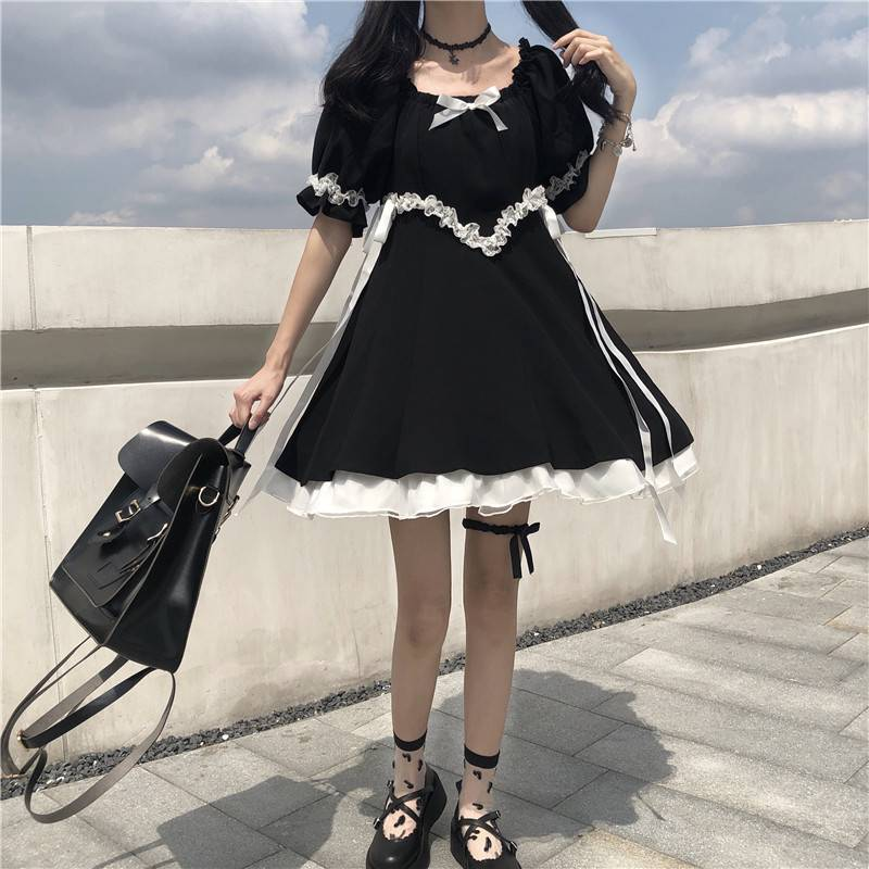 Vintage square collar lace lace up bow ruffles puff sleeve black dress