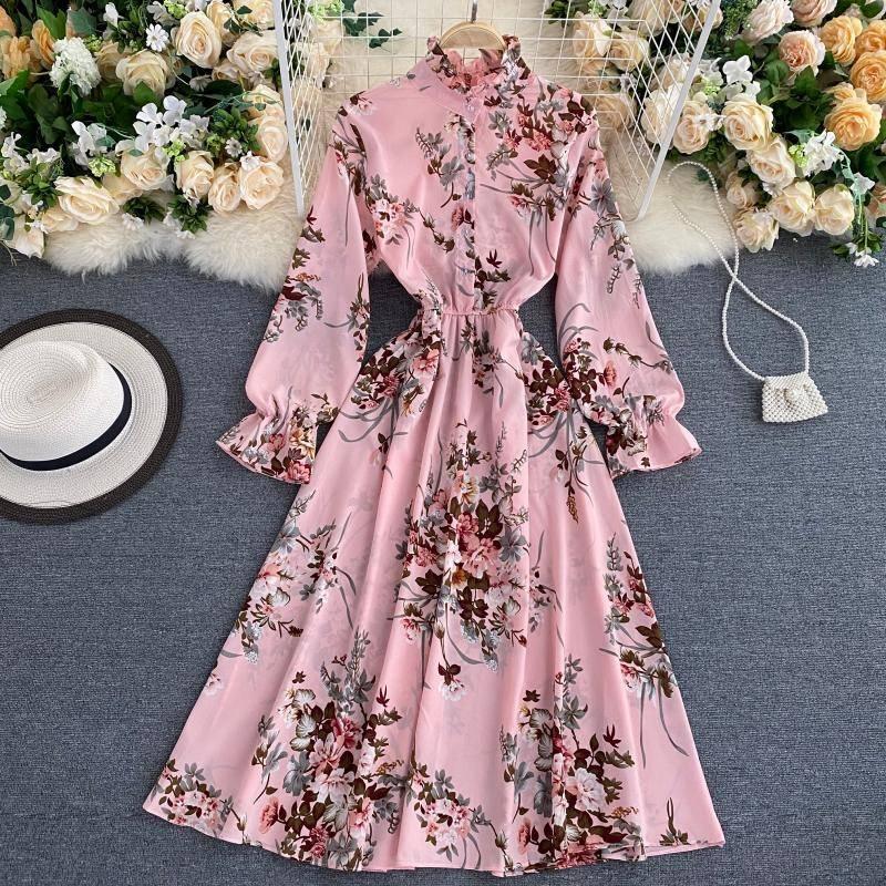 Elegant floral vintage chiffon dress