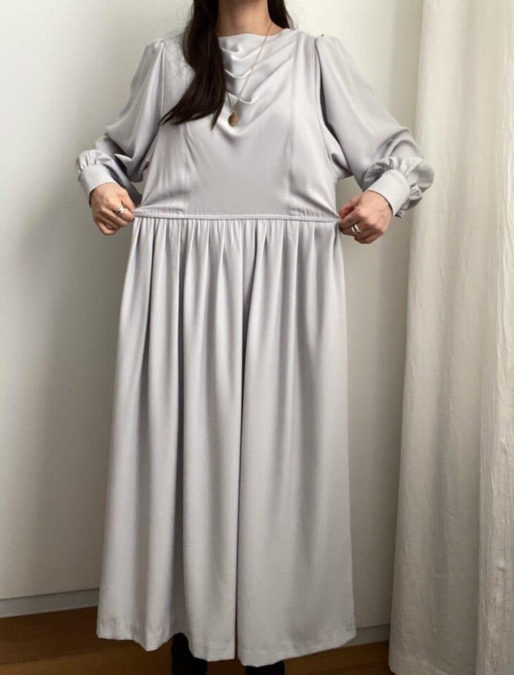 Spring Autumn Korean-Style Round Neck Pleated Waist Loose Casual Knee-Length Lantern Sleeve Dress