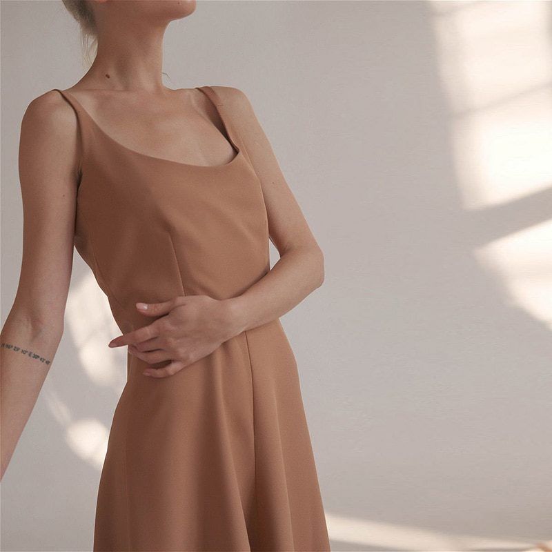 MUICHES Casual Solid High Waist Spaghetti Strap Dress Women Elegant Simple Backless A-Line Long Dress Party Date 2021 Summer
