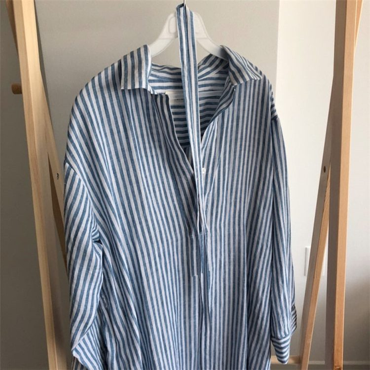 Colorfaith New 2020 Summer Women Shirt Dress Striped Lapel Single-breasted Lace Up Loose Cotton and Linen Casual Dress DR2268