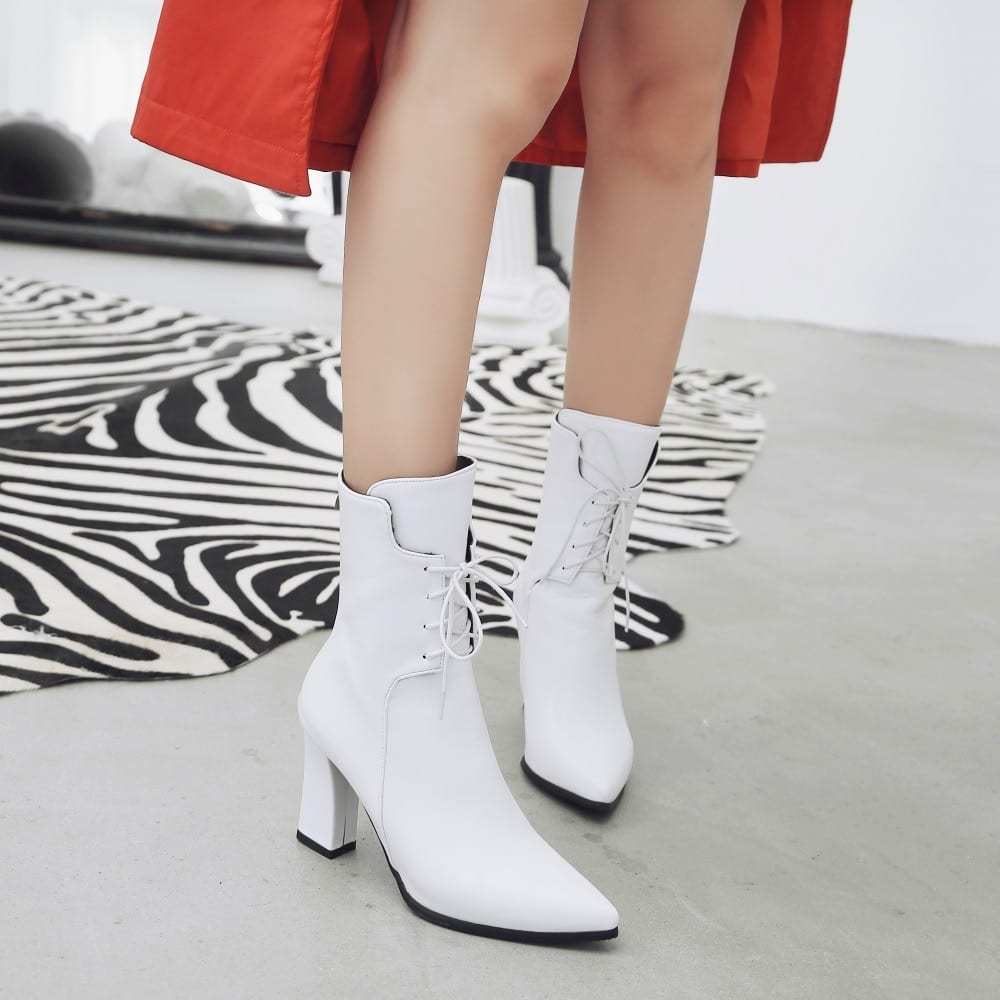 New Women Boots Leather Ankle Boots Fashion Lace Up Square High Heels Boots Autumn Winter Plus Size Shoes 2019